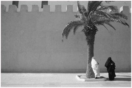 http://bruno.leteinturier.free.fr/MAROC/maroc%20noir%20et%20blanc/essaouira.jpg